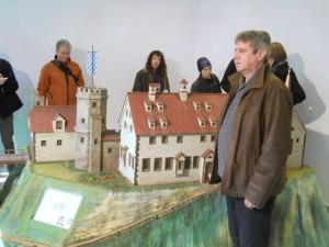 Vorstellung des neu restaurierten ersten Burgmodells von 1952
